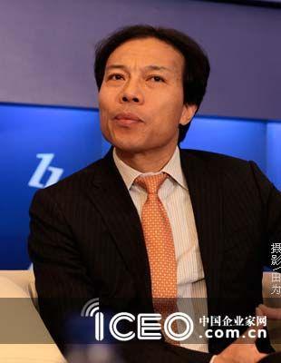 唐骏来了!12月5日上午,2010中国企业领袖年会现场,唐骏的出...